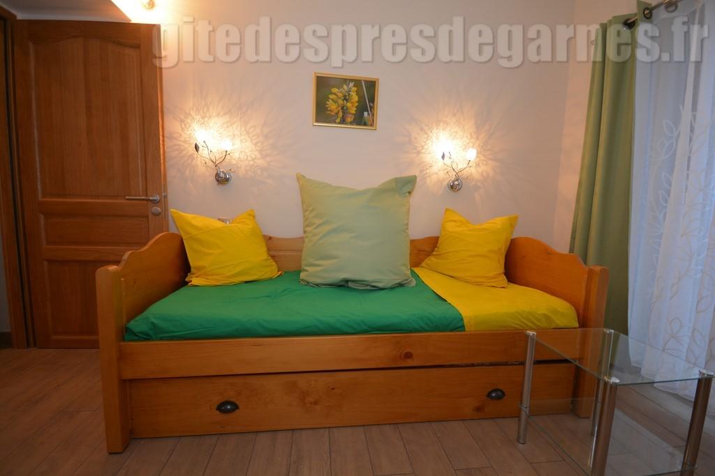 suite nuptiale. Black Bedroom Furniture Sets. Home Design Ideas